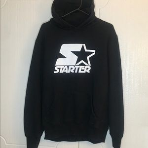Starter Vintage hoodie large front logo and cuff M